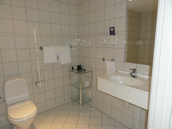 Clarion Collection Hotel Bastion: Badezimmer