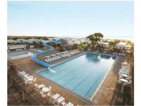 Broadland Sands Holiday Park - Park Holidays UK: pool