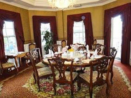 Santa Ynez Inn: Dinner