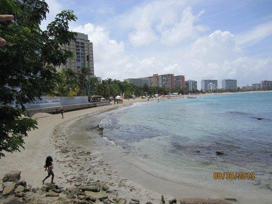 La Playita: Beach in front of hotel.
