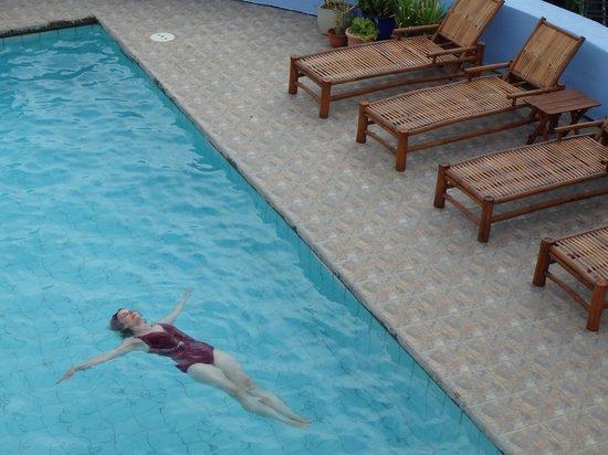 El Jardin Hotel: Relaxing pool