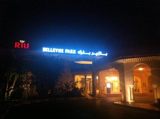 LTI Bellevue Park: Entrance
