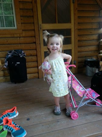 "Winthrop / N. Cascades National Park KOA: My toddler loved ""camp-een"" in her own ""cab-een"""