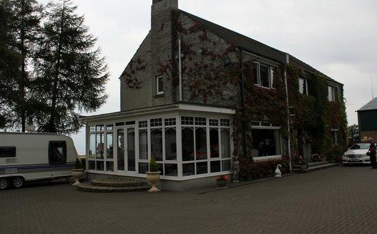 Bo'mains Farmhouse: The Conservatory