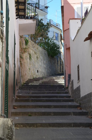 Hotel Casa Mazzella: Steep but pleasant walk to the hotel