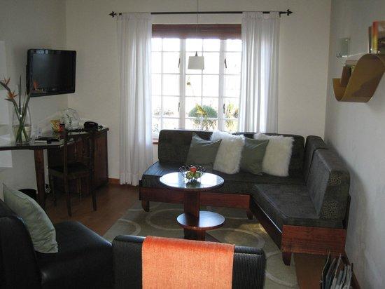 Rothman Manor: Wohnzimmer in der Esprit Suite