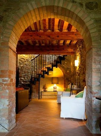 Casale Villanovia - Inside Nature, Arts Sorrounded: Ingresso e zona relax