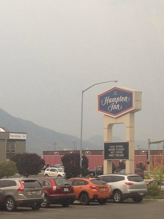 Hampton Inn Butte: sign