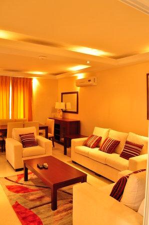 Raybow International Hotel: Raybow Apartments