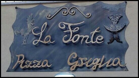 Ristorante Pizzeria La Fonte Pizza & Griglia : La Fonte Pizza e Griglia