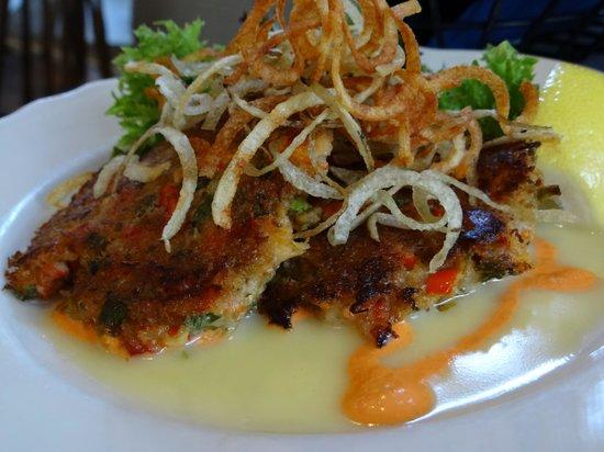 Van Rensselaer's Restaurant : Delicious Lobster Cakes
