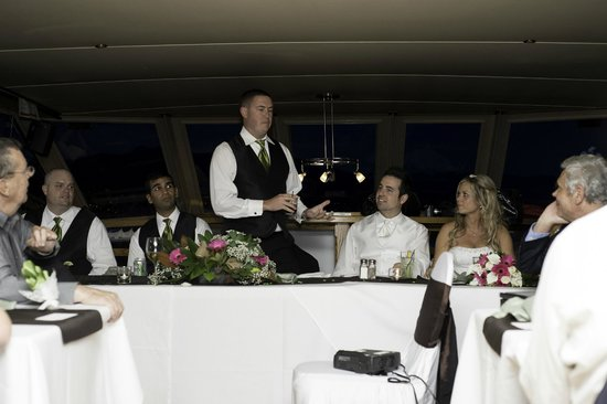 Accent Cruises : Speeches after dinner