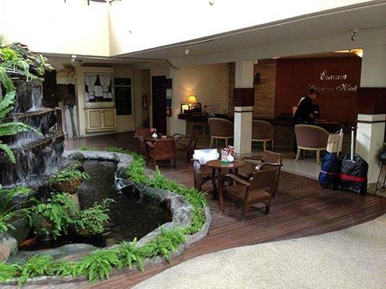Eurana Boutique Hotel: Open Air Front Desk/Reception