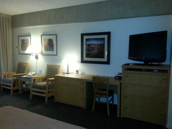 Lodge at Snowbird: Lots of storage with chairs, desk TV