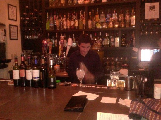 Tequila's Town: Nice bartender at the Bar