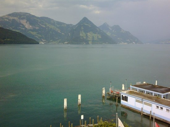 Rigiblick am See: Smartphone picture from my hotel room window.