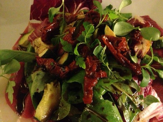 CUCO Cucina Contemporanea: Salad with the Entre