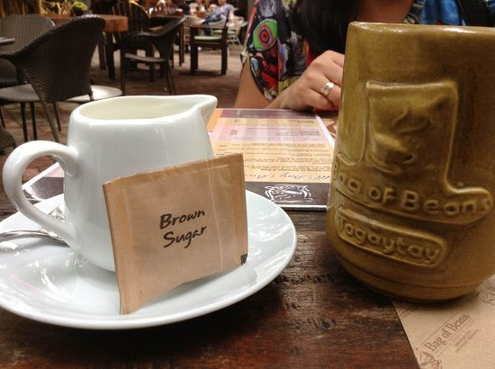 Bag of Beans Cafe and Restaurant : House blend bottomless coffee