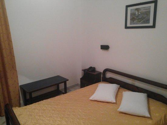 Hotel Santorini : room