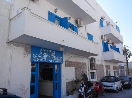 Hotel Santorini : building