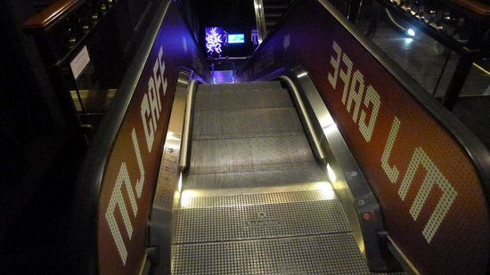 The Michael Jackson Gallery: MJ Gallery and MJ Cafe escalator