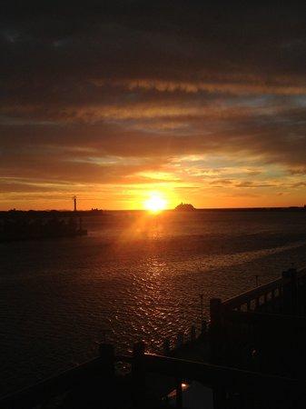 Crowne Plaza Newcastle: Sunrise