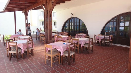 Christiana Beach Hotel : Завтрак