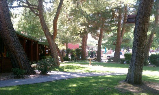 Kernville Inn: front