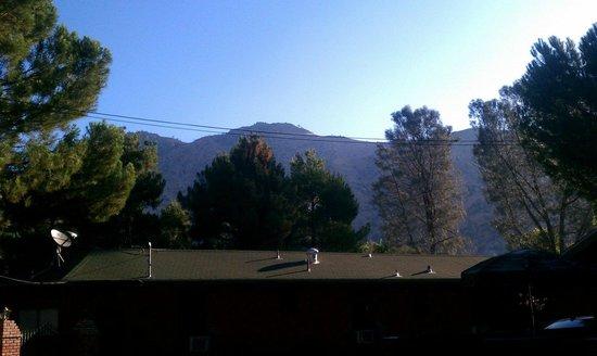 Kernville Inn : view over hotel