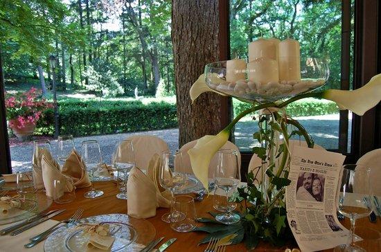 Villa Il Trebbiolo Relais & Restaurant : Vista sul parco esterno