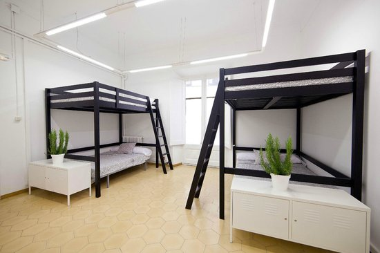 Room in Girona: Rooming