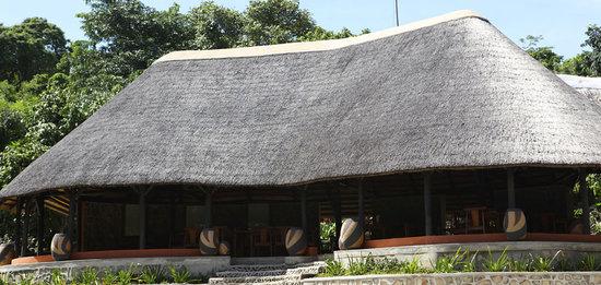 Blue Zebra Island Lodge: Bee-eater restaurant