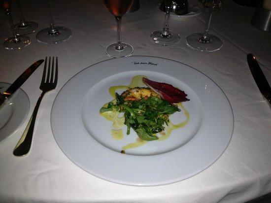 Hotel Restaurant Les Deux Freres: Подача блюд