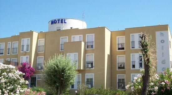 Hotel Holiday: hotel