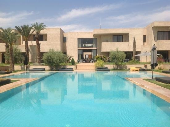 Sirayane Boutique Hotel & Spa : piscine au calme