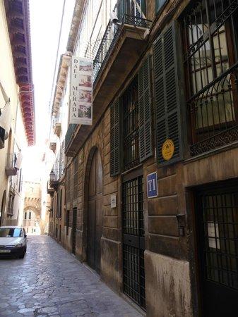 Hotel Dalt Murada: Gässchen zum Hotel
