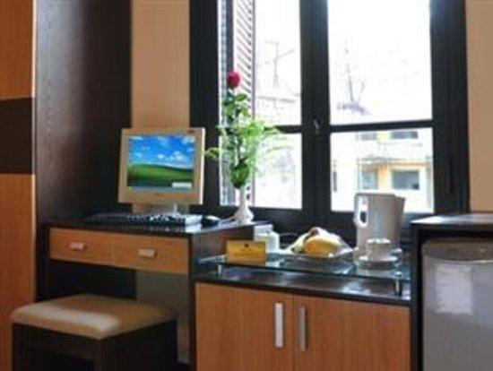 Hanoi Allura Hotel: Deluxe room