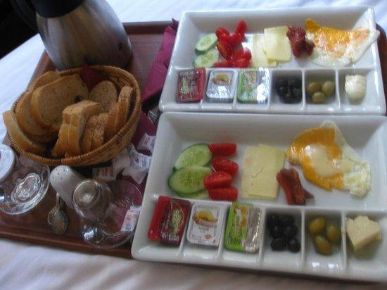 Comfort Suite Taksim: breakfast
