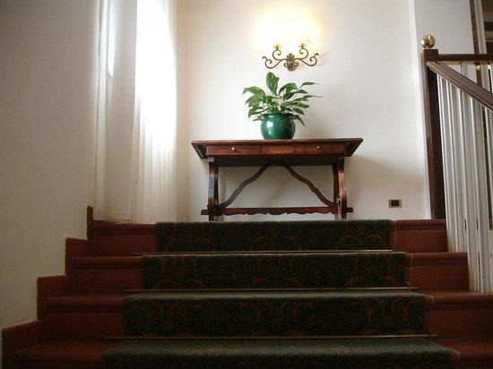 Caparena Hotel : Внутри отеля.