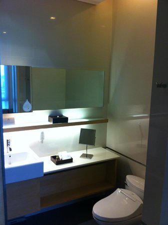 Somerset Sukhumvit Thonglor Bangkok: Bathroom