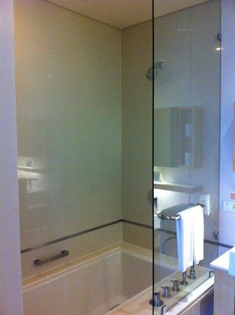 Somerset Sukhumvit Thonglor Bangkok : Bathroom