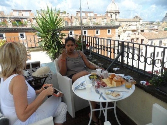 Relais Badoer: Delicious breakfast spread