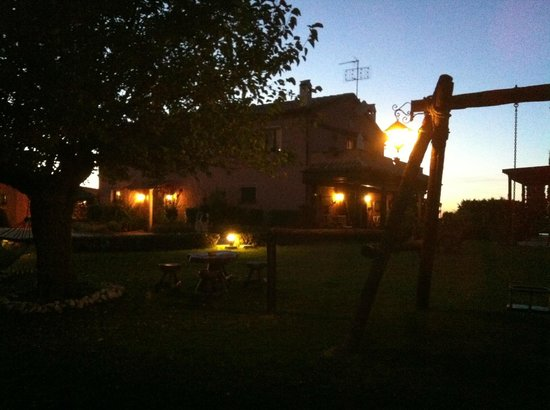 Airone Country House : notturno