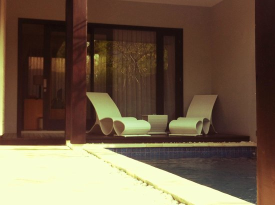 The Jineng Villas: very comfy pool beds