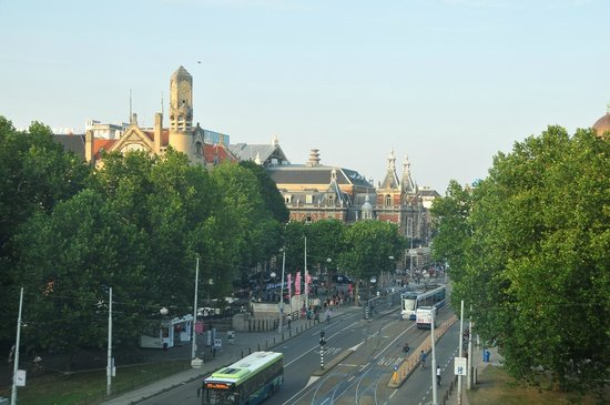 Amsterdam Marriott Hotel: view from the room of the Leidseplein