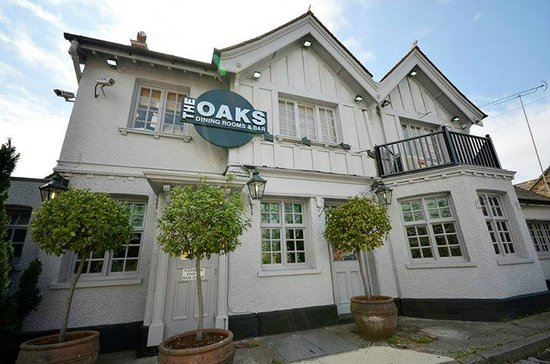 The Oaks Dining Rooms Bar Loughton