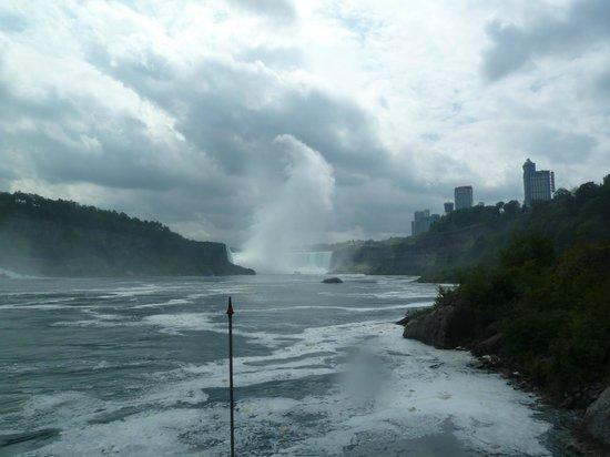 Niagara Day Tour: Maid in the Mist