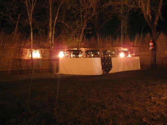 Makhasa Game Reserve and Lodge: mmhh...!!! ça sent bon...