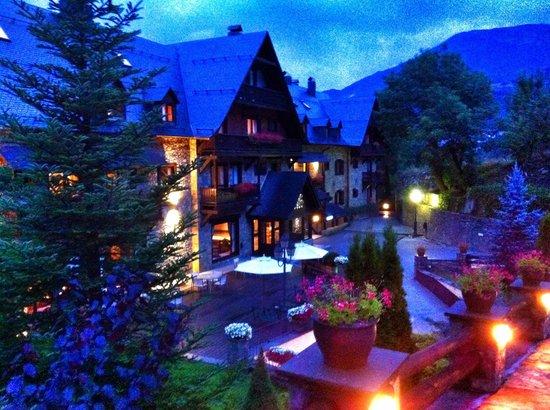 Hotel de Tredòs: Vista Hotel