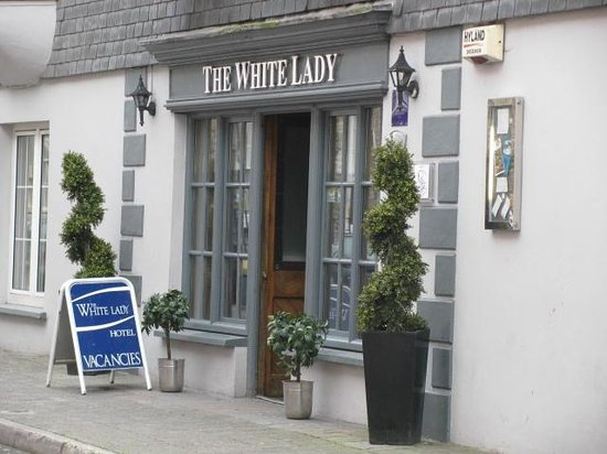 The White Lady: Entrance
